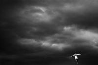 Человек парящий (Human fly) | art59.ru