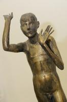 16.Скульптура «Мальчик», бронза.