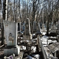 Grandma and a cemetery   art59.ru